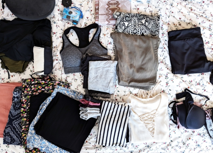 minimal packing for clothes